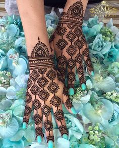 Best 11 Mehndi henna designs are always searchable by Pakistani women and girls. Women, girls and also kids apply henna on their hands, feet and also on neck to look more gorgeous and traditional. Dulhan Mehndi Designs, Mehandi Designs, Mehndi Designs Finger, Indian Henna Designs, Full Hand Mehndi Designs, Mehndi Designs For Girls, Mehndi Designs For Beginners, Modern Mehndi Designs, Mehndi Designs For Fingers