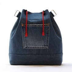 Best 10 Clothes diy ideas fashion old jeans Ideas for 2019 – SkillOfKing. Denim Ideas, Produce Bags, Craft Bags, Linen Bag, Denim Bag, Quilted Bag, Jacket Pattern, Cotton Bag, Handmade Bags