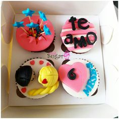 P275 caja de 4 cupcakes personalizados pinksugar#pinksugar #cupcakes  #barranquilla #pasteleria #reposteriacreativa #tortas #fondant #reposteriabarranquilla #happybirthday  #vainilla  #cake #baking  #galletas #cookies  #buttercream #vainilla  #oreo  #cupcakesbarranquilla #brownie #brownies #tortasbarranquilla