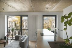 Concrete Ceiling Apartment - Crosby Studios- Moscow