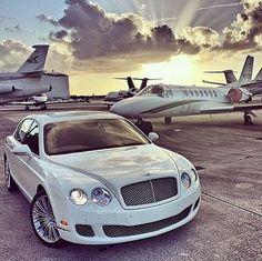 Collection of billionaire luxury lifestyle wallpaper images in Rich Lifestyle, Luxury Lifestyle, Wealthy Lifestyle, London Lifestyle, Lifestyle News, Luxury Travel, Luxury Cars, Luxury Homes, Luxury Yachts