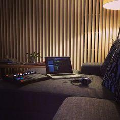 Studio Room, Home Studio, Music Studios, Art Studios, Native Instruments, Record Art, Music Production, Tumblr, Cool Stuff