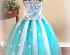Beautiful pink Elsa inspired Snow Queen. For that by TuTuGenie