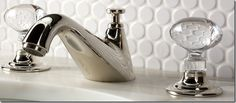 beautiful faucet and love the penny round tile