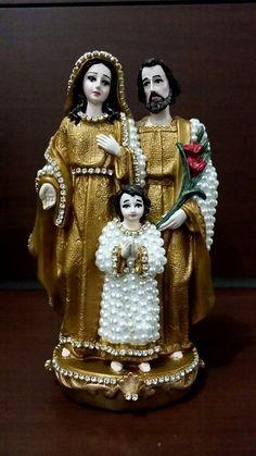 Sagrada Família em pé com pérolas - 24 cm