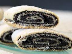 מתכון עוגיות מגולגלות במילוי פרג או ריבה, כרוכיות פרג או ריבה מגולגלות וחתוכות לעוגיות ביתיות טעימות שכיף לאכול ולטבול בקפה של הבוקר - עוגיות שמתאימות מאוד גם לחג פורים