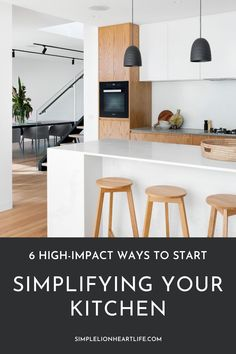The kitchen is the heart of the home - it's a well-used and hard-working room. Simplifying the kitchen can make cooking, cleaning, eating, connecting and life in general easier. Check out this post for 6 high-impact ways to start simplifying your kitchen. Tackle some of the biggest sources of kitchen clutter and see a huge changes in the way your kitchen looks, feels and functions! #declutter #kitchendecluttering #minimalistkitchen #simplify #clutterfreekitchen #simplifyyourkitchen Natural Living, Simple Living, Kitchen Hacks, Kitchen Decor, Beautiful Kitchen Designs, Minimalist Lifestyle, Green Life, Life Advice, Healthy Mind