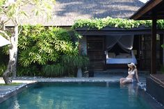 Are you looking for a luxury villa experience in the heart of Seminyak? Find out why Peppers Seminyak is the place for your next group vacation!