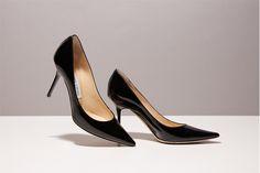 VOGUEエディターたちが実際に愛用している、モードな仕事靴をご紹介。