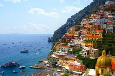 What Are Some Tips and Tourist Info for Traveling to the Amalfi Coast?