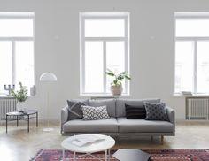 Lazy-sohva ja Round-pöytä, kuva: Marja Wickman