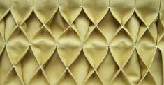 honeycomb smocking for tutorial Easy Diy Crafts, Fun Crafts, Amazing Crafts, Decor Crafts, Paper Crafts, Sewing Hacks, Sewing Projects, Sewing Lessons, Sewing Tips