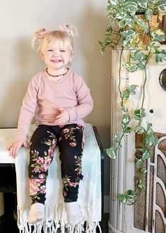 Toddler Girl Style, Toddler Girl Outfits, Toddler Fashion, Boy Outfits, Kids Fashion, Rompers For Kids, Girls Rompers, Waffle Shirt, Harems