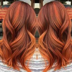 How rich is this hair color? Stunning classic highlighting technique. #Pinterest #Hair #Hairstyle #Style #Ginger #Copper #Redhead #Orange #Highlights #Balayage #Hairdresser #Stylist #Colorist #Beauty #Suavecita
