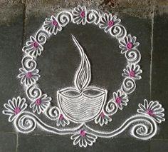 Diya rangoki 16 Indian Rangoli Designs, Rangoli Border Designs, Small Rangoli Design, Colorful Rangoli Designs, Rangoli Designs Images, Beautiful Rangoli Designs, Diya Rangoli, Rangoli Ideas, Latest Rangoli