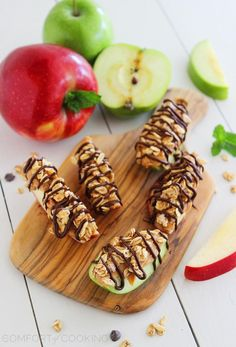 17. Chocolate Peanut Butter Granola Apple Bites #healthy #breakfast #recipes https://greatist.com/health/healthy-fast-breakfast-recipes