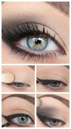 Green eye make-up tutorial # green – beauty – # eyes # … - Makeup Tutorial Over 40 Eye Makeup Steps, Smokey Eye Makeup, Makeup Eyes, Hair Makeup, Eyeshadow Makeup, Make Up Yeux, Makeup Over 40, Makeup Tutorial Eyeliner, Makeup For Green Eyes