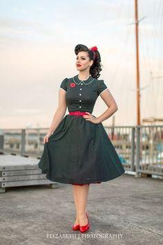 Resultado de imagen de vintage style girl