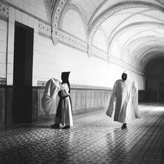 White Monks: A Life in Shadows - immagine 71 di 15