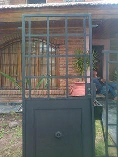 Puertas Ventanas Y Mamparaspuertas De Hierrode Hierro Macizo - $ 300,00