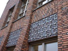 Decorative brickwork Social Housing Architecture, Brick Architecture, Architecture Details, Brick Masonry, Brick Facade, Brick Tiles, Brick Wall, Brick Design, Exterior Design