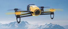 Die Bebop Drone von Parrot verfügt über zahlreiche Highlights und bemerkenswerte Eigenschaften. Dazu gehört insbesondere die Kamera mit Fisheye-Objektiv, die Bilder mit 14 Megapixel und Videos i...