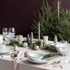 Beautiful Christmas Inspiration By Broste Copenhagen Christmas Table Settings, Christmas Tablescapes, Christmas Table Decorations, Holiday Tables, Christmas Candles, Copenhagen Christmas, Deco Table Noel, Christmas Interiors, Noel Christmas