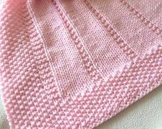 Unique hand knits, knitting patterns, kits and supplies by DaisyGrayKnits Easy Knit Baby Blanket, Free Baby Blanket Patterns, Easy Knitting Patterns, Blanket Crochet, Free Knitting, Knitting Projects, Knitted Afghans, Knitted Baby Blankets, Baby Afghans