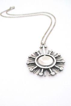 Jorma Laine, Kultateollisuus, Finland - vintage silver starburst pendant #Finland #necklace #pendant