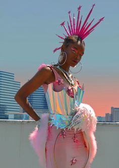 Afro Punk Turns Out Some Beautiful Images❗️ Afro Punk, Fashion Show Themes, Fashion Art, Fashion Design, Club Fashion, Man Fashion, 1950s Fashion, Festival Looks, Winter Outfits For Teen Girls