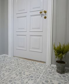 dør_gang Flooring, Furniture, Home Decor, House, Homemade Home Decor, Wood Flooring, Home Furnishings, Floor, Decoration Home