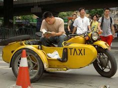 30 Most unusual Taxis from around the World