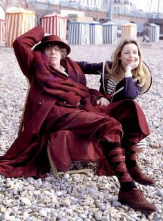 Shot from 'The Leisure Hive' starring the Fourth Doctor Who (Tom Baker) and Romana II 4th Doctor, Doctor Who Tv, Lalla Ward, El Rock And Roll, Jon Pertwee, Doctor Costume, Doctor Who Companions, Classic Doctor Who, Jelly Babies
