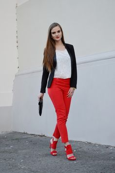 elegant, red pants, red, white blouse, red heels, red sandals, highheels,