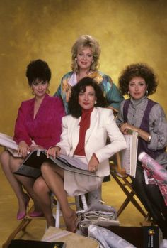 Designing Women - Delta Burke, Jean Smart, Annie Potts, Dixie Carter - 1986 Pictures & Photos of Delta Burke - IMDb Jean Smart, Designing Women, Dixie Carter, Delta Burke, Tv Girls, Vintage Tv, Vintage Hollywood, Golden Girls, Celebs