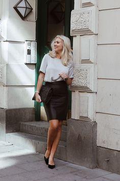 Mycket som händer Summer Business Outfits, Business Professional Outfits, Casual Professional, Business Casual Attire, Business Wear, Professional Wardrobe, Business Style, Office Attire, Work Attire