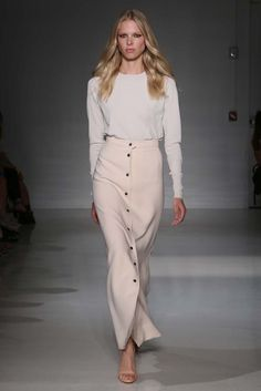 The Skirt! Works with so many things! Great for summer/winter/heels/flats. LOVE ♡ Jill Stuart RTW Spring 2015 #ShibaStyle