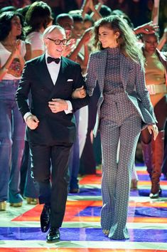 Tommy Hilfiger & Zendaya Coleman Spring 2019 Ready-to-Wear Collection - Vogue Mode Zendaya, Estilo Zendaya, Zendaya Outfits, Zendaya Style, Zendaya Hair, Zendaya Makeup, Zendaya Fashion, Suit Fashion, Look Fashion