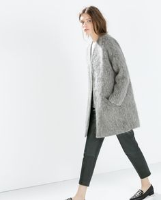 Image 4 of STRUCTURED COLLARLESS COAT from Zara