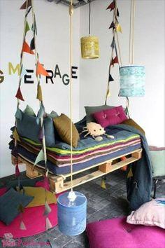 #Paletes para fazer móveis para as crianças  Vejas as sugestões: http://maispaletes.com/?p=943