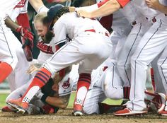 Jose Ramirez, Tyler Naquin go back-to-back and inside-the-park to beat Blue…