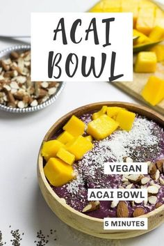 Learn all about acai and how to make a fantastic vegan acai bowl with this guide from HurrytheFoodUp! You'll find out about all the healthy benefits of this nutritious fruit and how to make 8 different, tasty recipes! These ideas are quick and easy, so you can enjoy a healthy, nutritious meal in no time! #vegan #vegetarian #acai #breakfast #snack #healthy #recipes Vegan Breakfast Recipes, Delicious Vegan Recipes, Yummy Food, Healthy Recipes, Tasty, Eat Breakfast, Brunch Recipes, Breakfast Ideas, Dairy Free Recipes