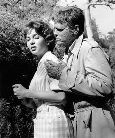 Beverly Garland and Richard Crane in The Alligator People (1956)