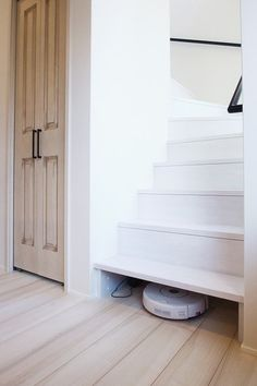 関連画像 Stairs, House, Study, Home Decor, Ideas, Home, Stairway, Studio, Decoration Home