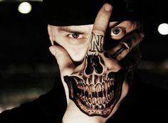 Tatuaje De Media Calavera En La Mano Cosas Para Ponerme