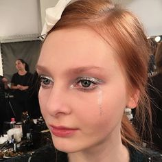 #Heartbroken girls at @giuliettanewyork. Makeup design by @lyne_desnoyers. Executed by me on @_dashagold_. #MACPro Silver Metal Pigment and Water Base #MixingMedium shine on the eyes. #MACCosmetics #MACFWArtist #macbackstage #LyneDesnoyers #Giulietta #GiuliettaNY #GiuliettaNewYork #NYFW #AW16 #FashionWeek #MUA