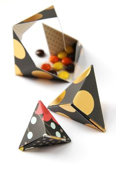 HOW TO MAKE DIY TRIANGULAR ORIGAMI BOXES