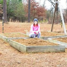 24 Common Mistakes In Raised Bed Gardening - Decor Room Ideas Building A Raised Garden, Raised Garden Beds, Raised Beds, Simple Art, Make It Simple, Potager Palettes, Create Your House, Garden Posts, Gnome Garden