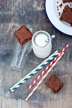Nutella brownies (In Italian) Labna-Amore in cucina Nutella Mocha, Nutella Chocolate, Chocolate Art, Good Sweet Potato Recipe, Sweet Potato Recipes, Coffee Cookies, Milk Cookies, Crockpot Hot Chocolate, Homemade Chocolate