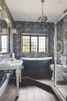 Best Ideas For A Small Victorian Bathroom Images Bathroom Victorian Bathroom Bathroom Vintage